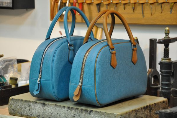 Betty's bags are finished. The all blue taurillon leather must travel to Japan customer. Enjoy our savoir-faire. LE NOËN in Provence - France.