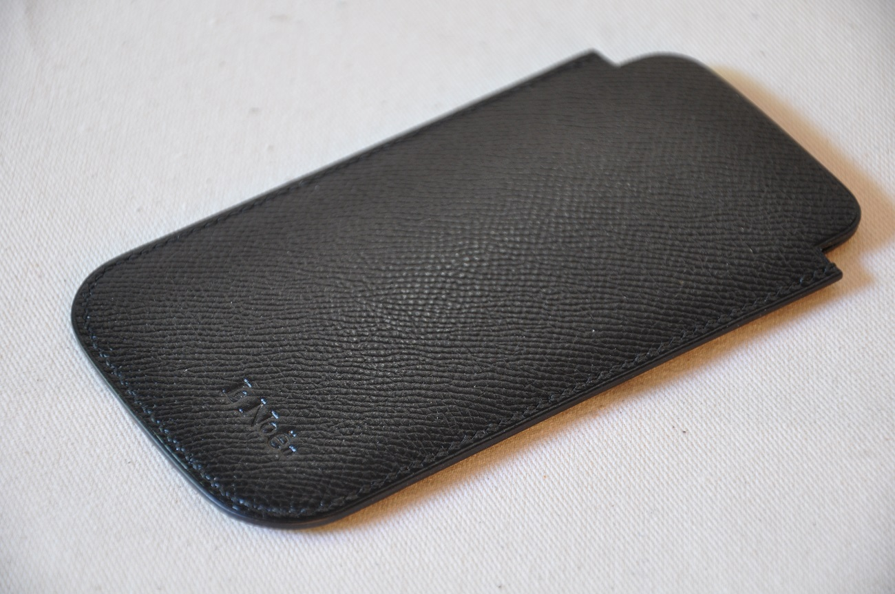 Iphone case in special order, with grained calfskin.