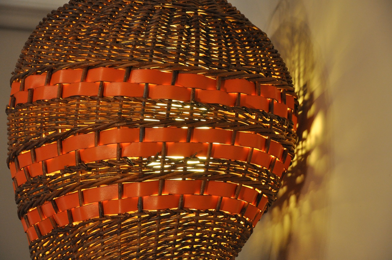 leather and wicker lamps for home. Uniques pieces designed and hand made by luxury leather goods manufacturers. France