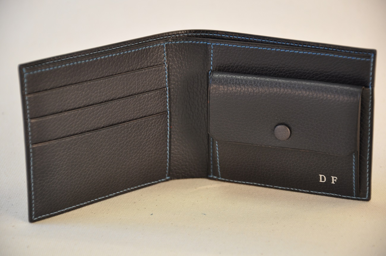 Wallet in special order, buffalo leather, blue threads, billfold pocket, credit card slots, purse. Made in France by LE NOËN. Luxury leather goods maker.