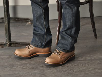 Les chaussures Chippewa sont fabriquées aux Etats-Unis et vendues par notre marque en France.