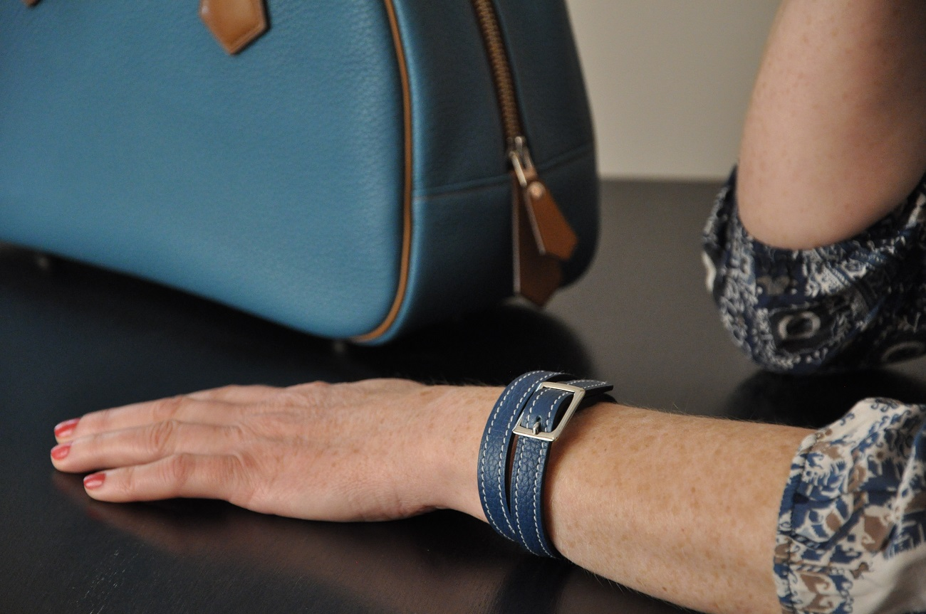 Fashion bracelet in leather for women or men. Leather goods accessories by French craftsman LE NOËN.